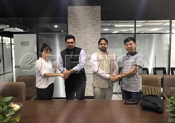 the two customers from India came to china for visiting pyrolysis plant